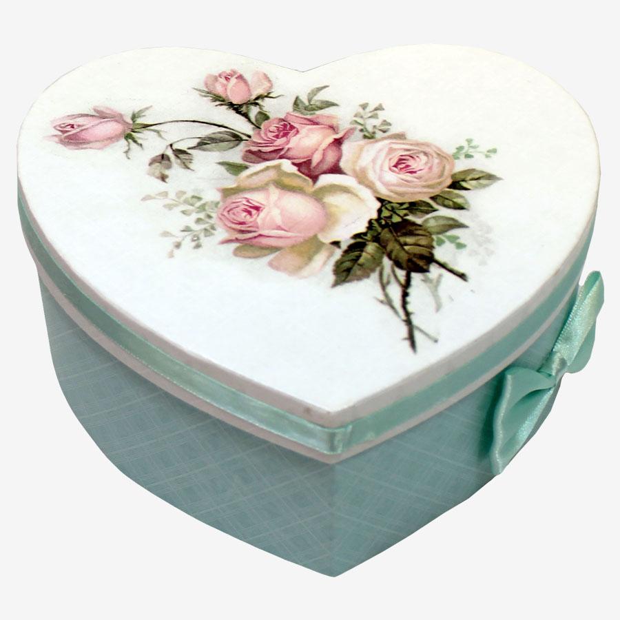 Szív alakú, rózsás kartondoboz