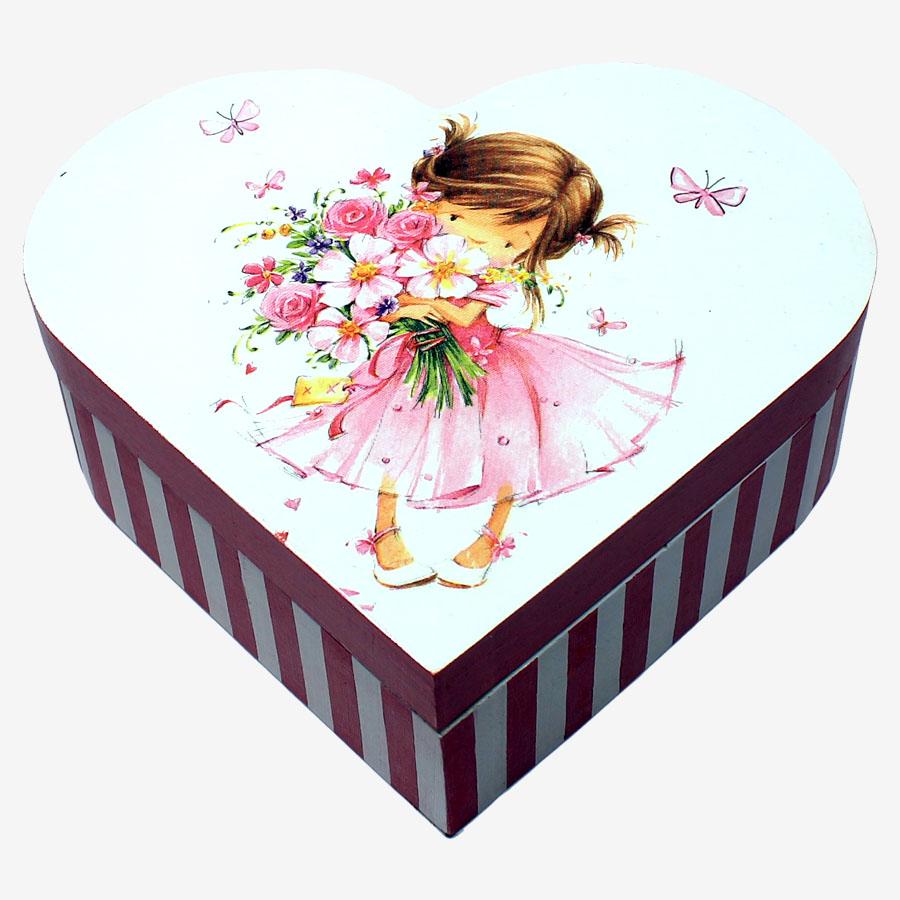 Kislánymintás, szív alakú doboz