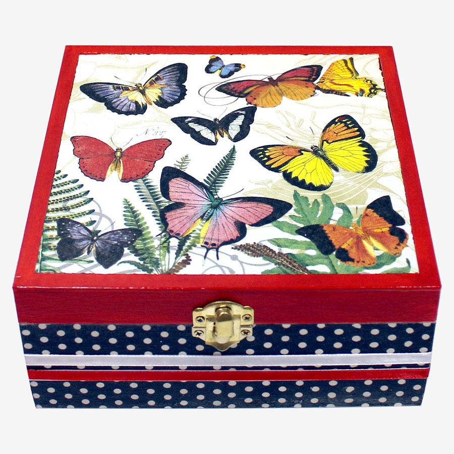 Pillangómintás, kocka alakú doboz