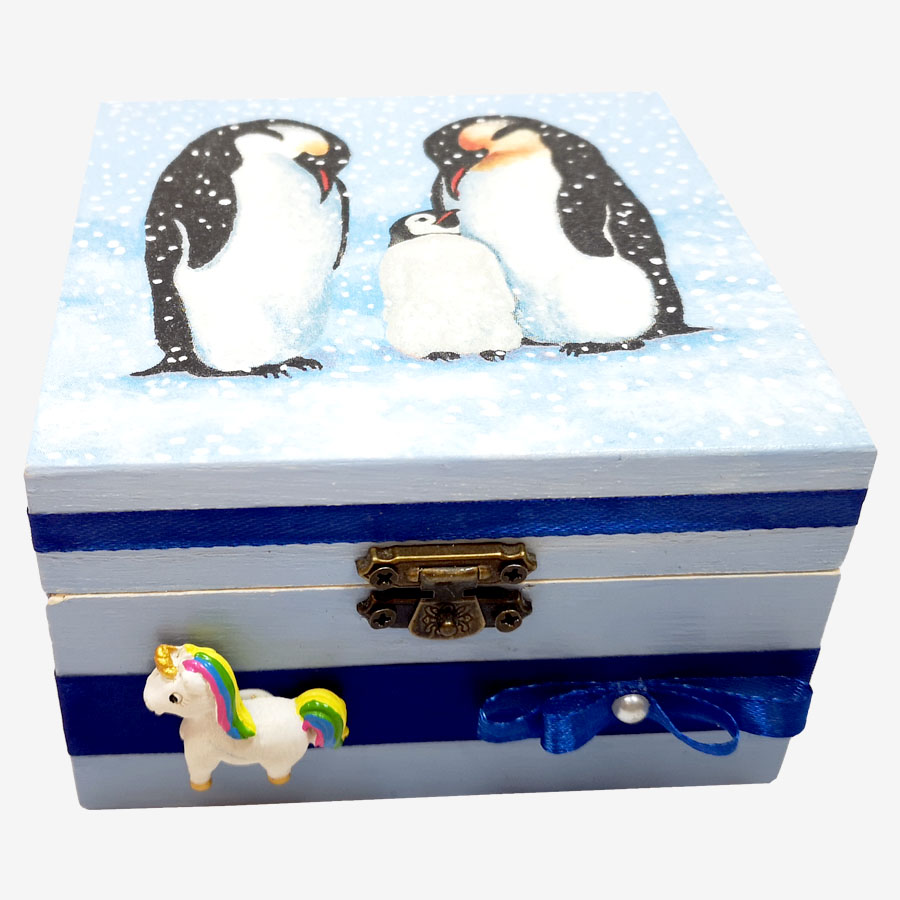 Pingvinmintás, kocka alakú fadoboz