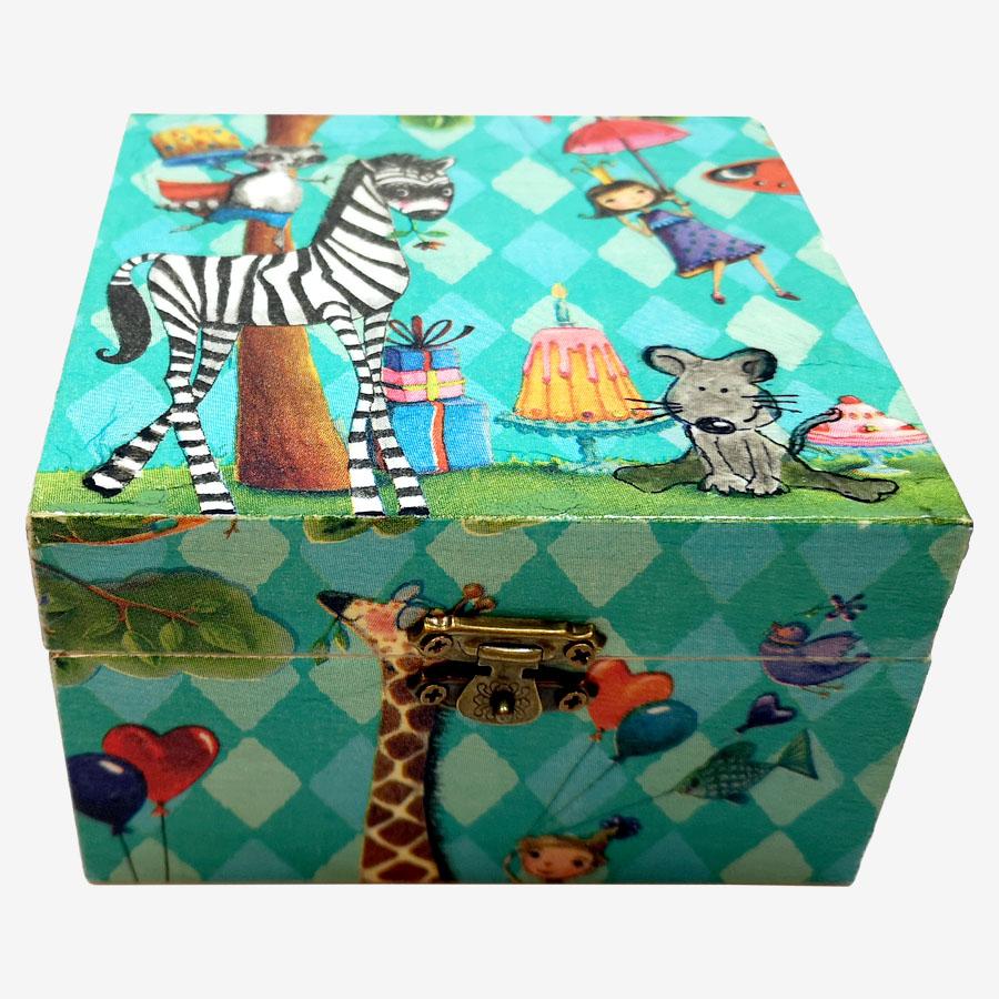 Vicces állatmintás, kocka alakú fadoboz