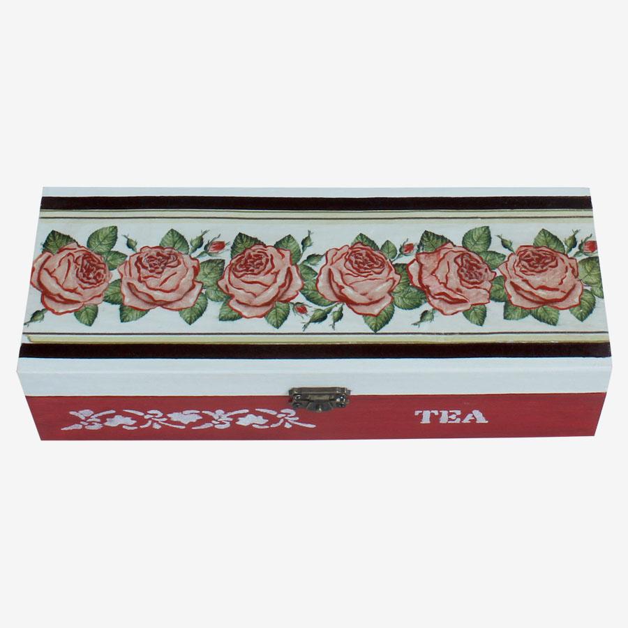 Rózsasorral díszített teásdoboz
