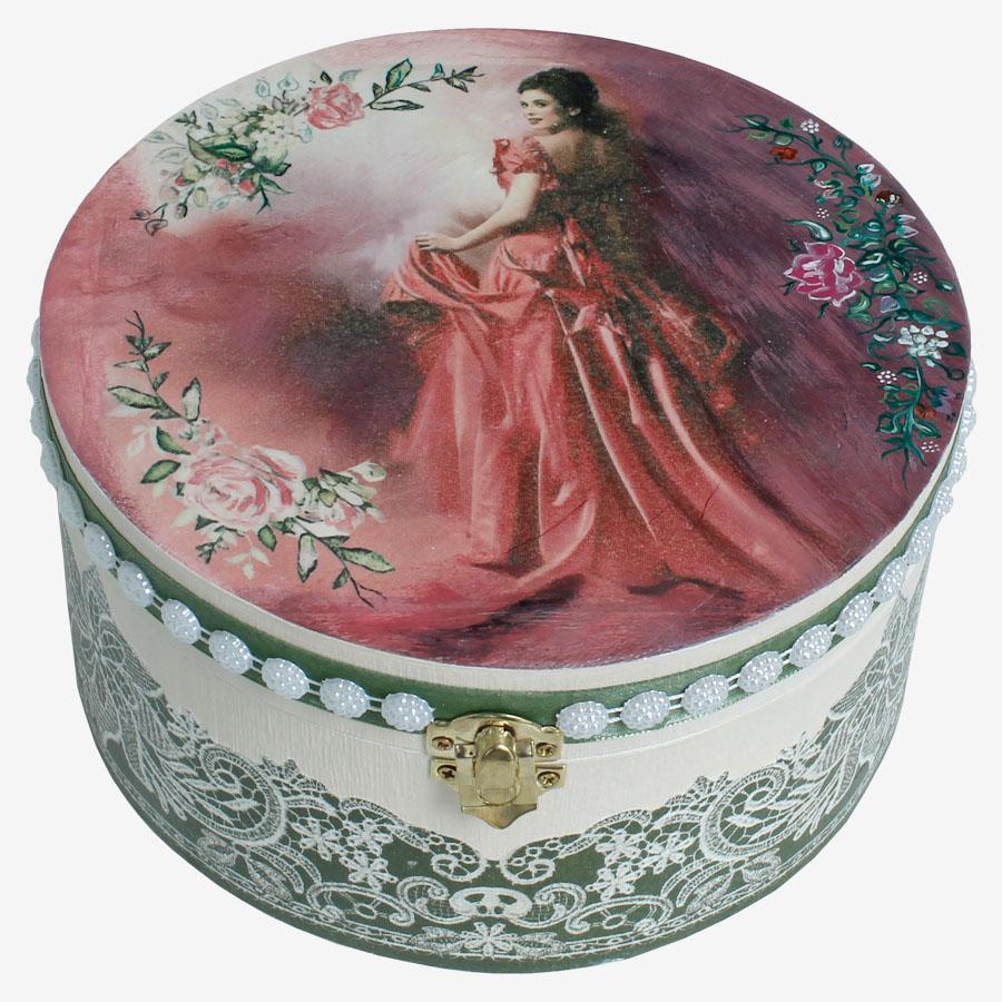 Hölgy rózsaszín nagyestélyiben témájú kördoboz