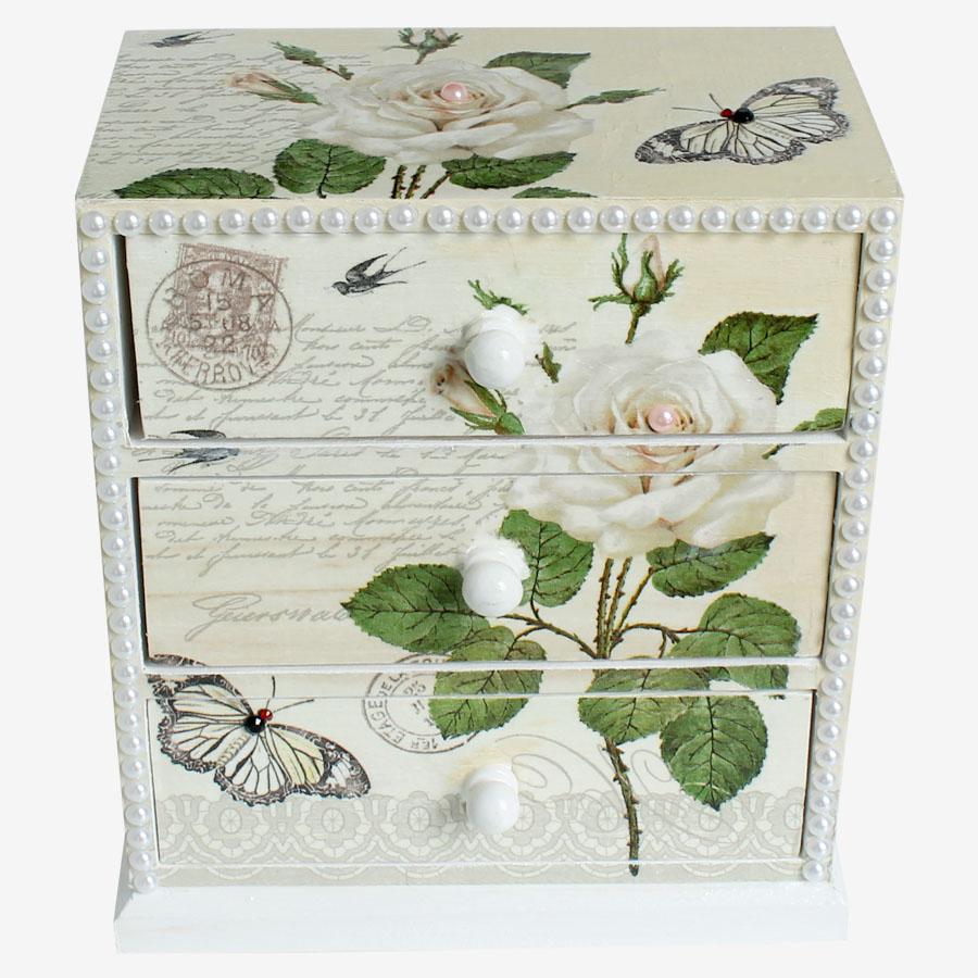 Fehér rózsamintás szekrényke